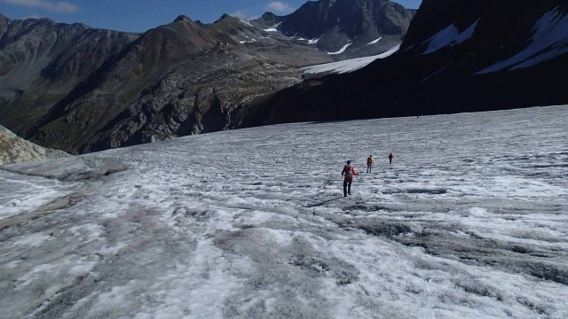Gerd, Gregg and Albert on the Mittelberg Glacier.  Braunschweiger Hütte in the background.