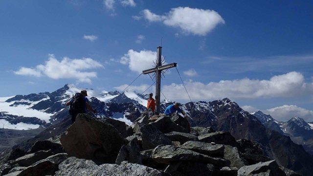 Karleskopf Gipfelkreuz.