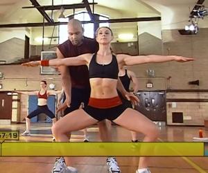 Insanity_Core-Cardio-Balance-shoulder-pulses