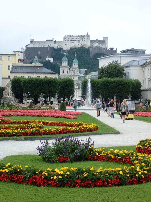 Mirabellplatz and Festung Hohensalzburg
