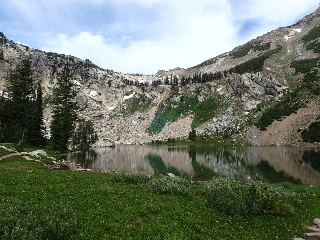 Holly Lake (9,450')