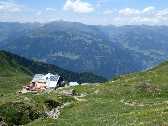 Edelhütte below