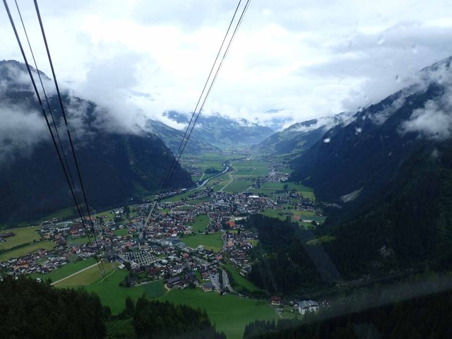 Ahornbahn back down to Mayrhofen