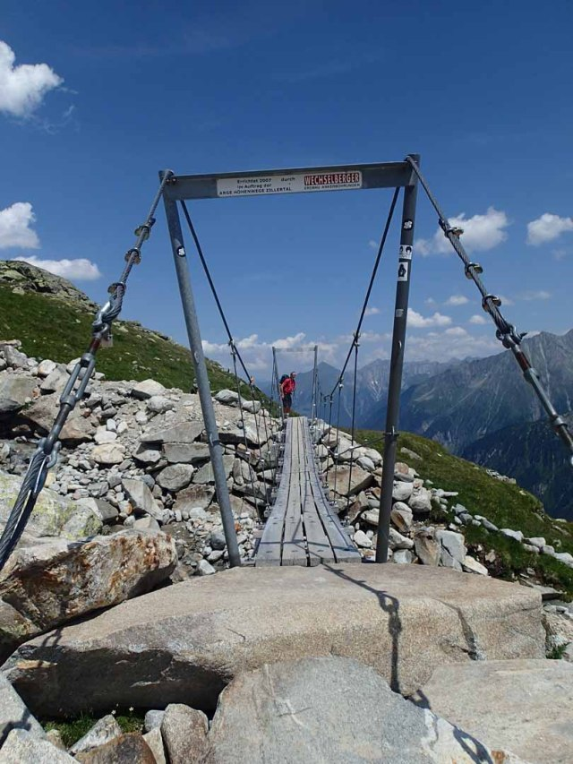 bridge near Olpererhütte en route to Friesenberghaus