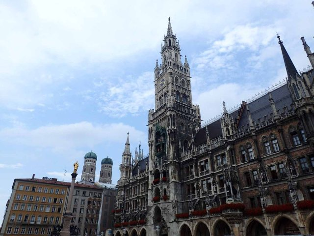 Rathaus and Frauenkirche